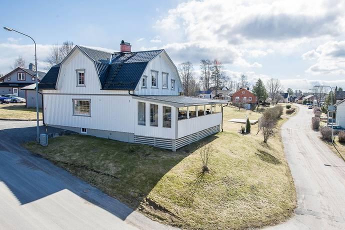 Bild: 5 rum villa på Lindbergsbacke  3, Eda kommun Charlottenberg