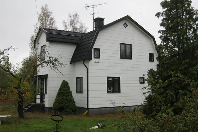 Bild: 9 rum villa på Smala Gränd 4, Hultsfreds kommun Silverdalen