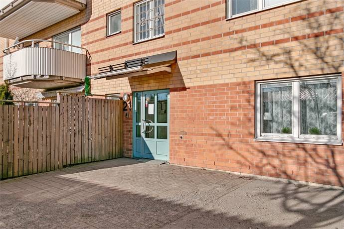 Bild: 2 rum bostadsrätt på Tre källors väg 21, Botkyrka kommun Norsborg - Eriksberg