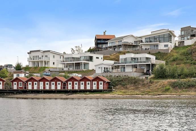 Bild: 5 rum villa på Wenner-Grens väg 65, Orust kommun