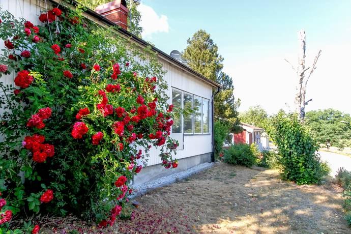 Bild: 3 rum villa på Årydsvägen 93, Karlshamns kommun