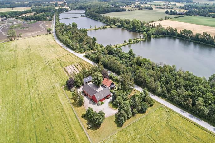 Bild: 7 rum gård/skog på Rögle 371, Lunds kommun