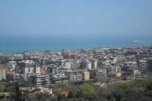 Bild: 7 rum radhus på Pescara Colli, Italien Abruzzo