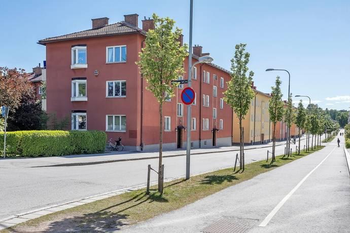 Bild: 4 rum bostadsrätt på Artillerigatan 2 A, Uppsala kommun Kåbo