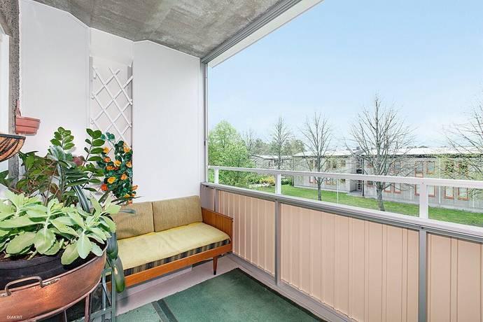 Bild: 2,5 rum bostadsrätt på Ormingeringen 65, Nacka kommun Västra Orminge