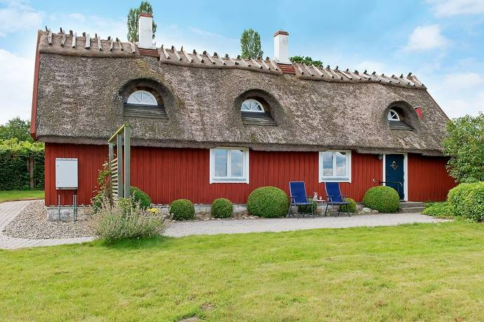Bild: 7 rum villa på Tittutbacken 1, Simrishamns kommun Kivik