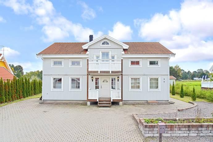 Bild: 6 rum villa på Wadströms Väg 4, Södertälje kommun Järna