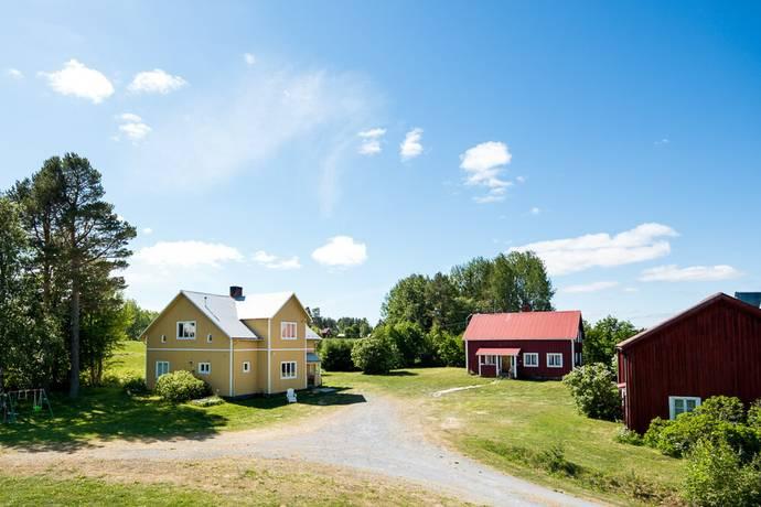 Bild: 5 rum villa på Brynje 125 och 126, Östersunds kommun Brynje