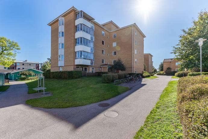 Bild: 3 rum bostadsrätt på Stora Trädgårdsgatan 13 P, Västerviks kommun Fimmelstången