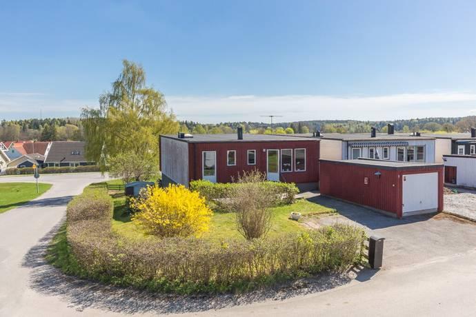 Bild: 5 rum villa på Aklejavägen 1, Upplands Väsby kommun Bollstanäs