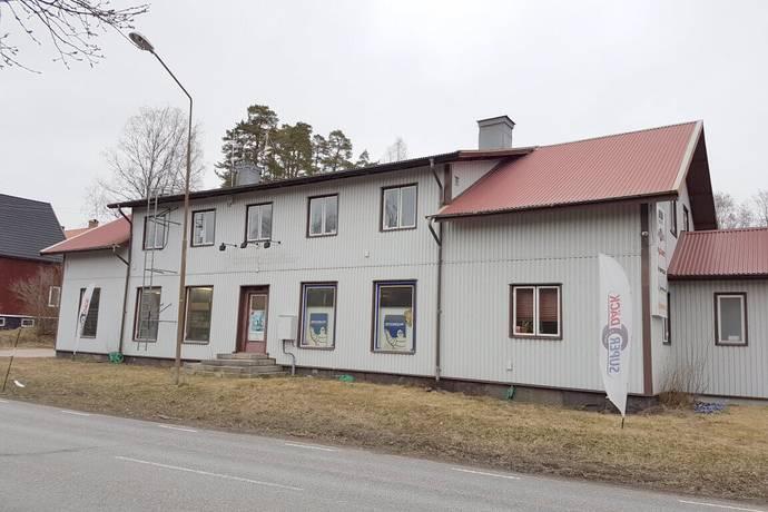 Bild: 14 rum villa på Bergslagsvägen 104, Surahammars kommun Ramnäs