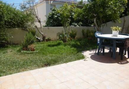 Bild: 4 rum bostadsrätt på Unik lägenhet med trädgård nära Torrecillastranden, Spanien Nerja
