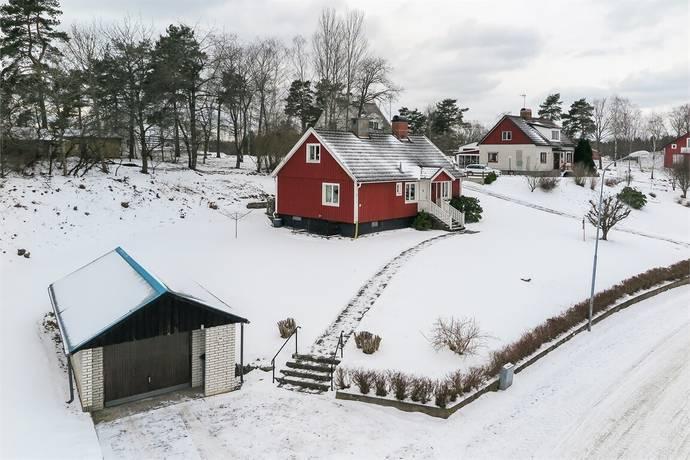 Bild: 5 rum villa på Östra Långgatan 15, Högsby kommun Ruda