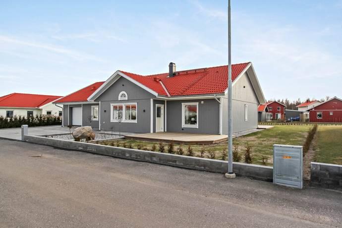 Bild: 6 rum villa på Ringvalsvägen 13, Lidköpings kommun Askeslätt