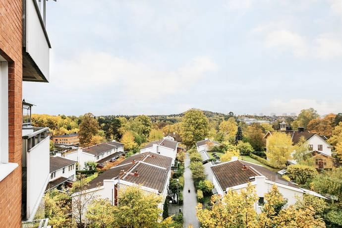 Bild: 4 rum bostadsrätt på Carl Malmstens väg 8, Solna kommun Bergshamra
