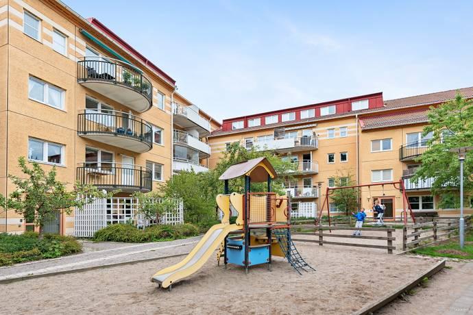 Bild: 4 rum bostadsrätt på Kantatvägen 1, Nacka kommun Nacka Forum