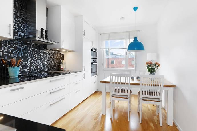 Bild: 2 rum bostadsrätt på Kruthornsvägen 54a, Sollentuna kommun Edsberg