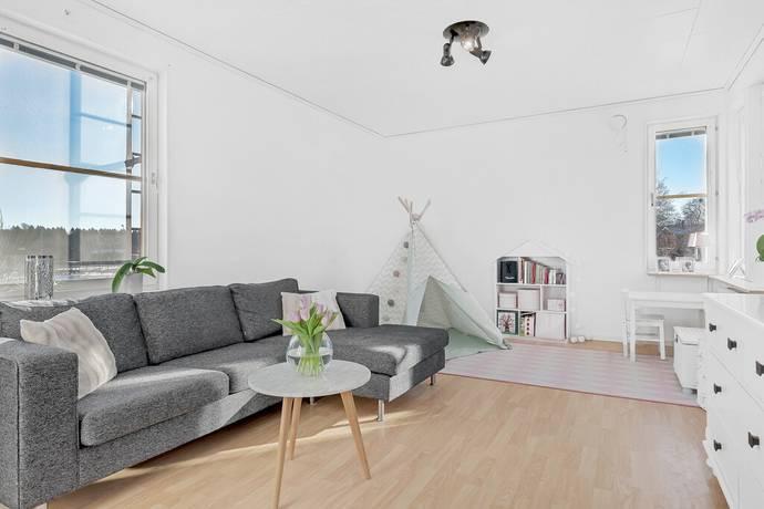 Bild: 2 rum bostadsrätt på Humlevägen 3, Vallentuna kommun Lindholmen