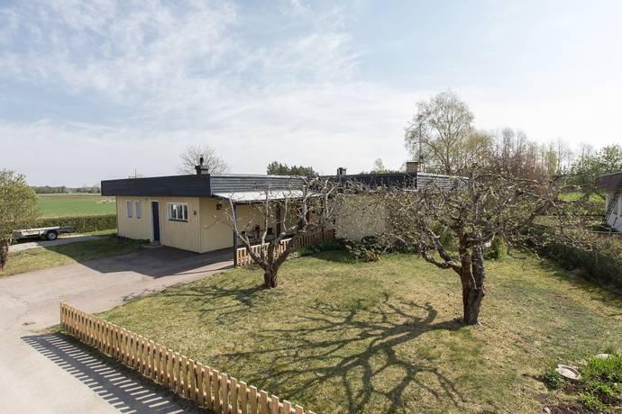 Bild: 4 rum villa på Parkvägen 36, Sala kommun Kumla Kyrkby