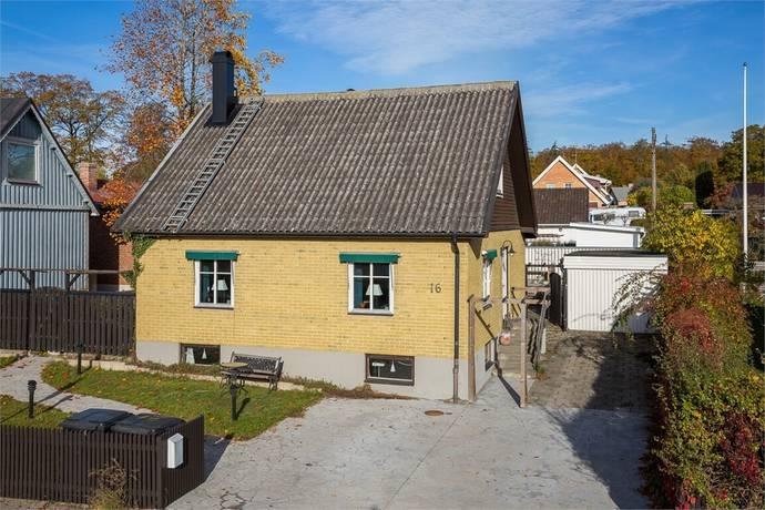Bild: 4 rum villa på Skånevägen 16, Sölvesborgs kommun Centralt