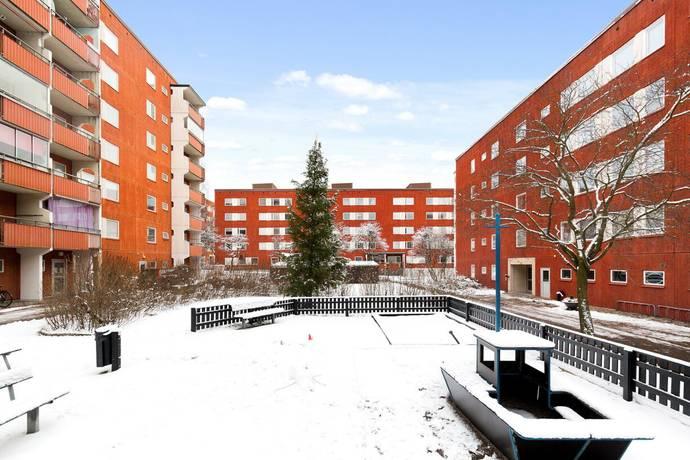 Bild: 1 rum bostadsrätt på Narviksgatan 3, Stockholms kommun Husby