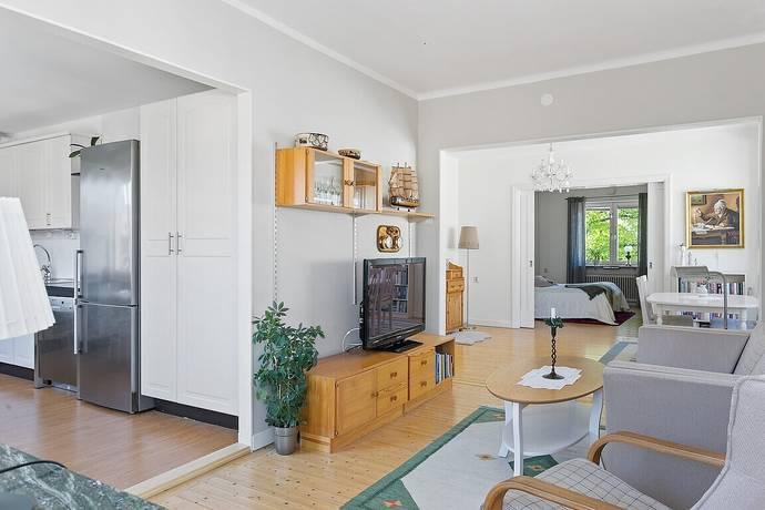 Bild: 2,5 rum bostadsrätt på Östra Promenaden 33, Norrköpings kommun Oxelbergen