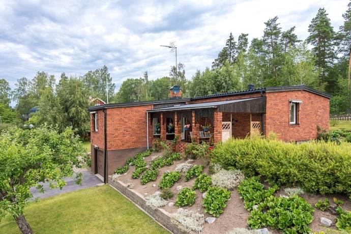 Bild: 5 rum villa på Klothagsvägen 5, Finspångs kommun Sonstorp