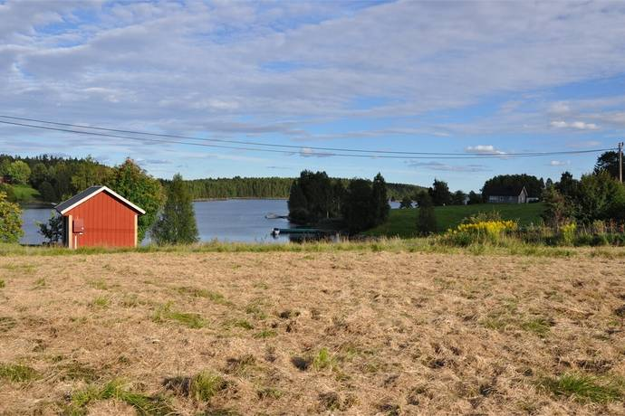 Bild: tomt på Väng, Årjängs kommun
