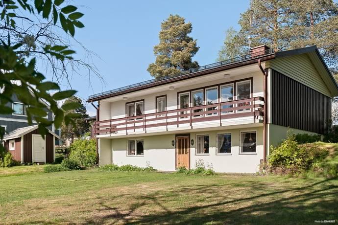 Bild: 5 rum villa på Strandängesvägen 3, Kalix kommun Stenbäcken