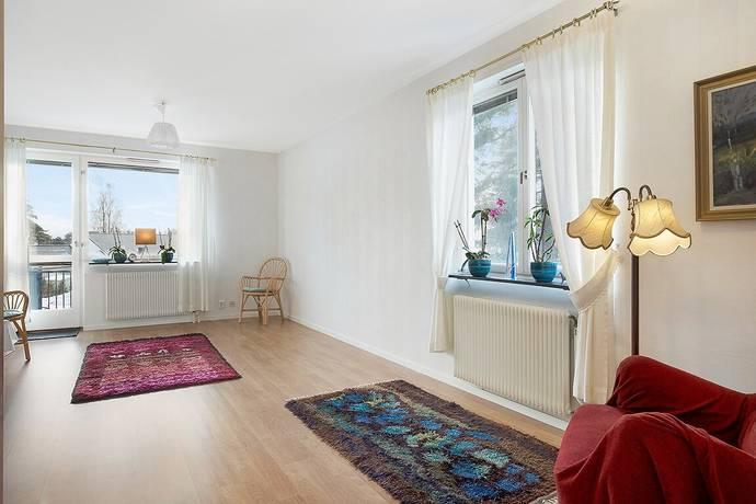Bild: 2 rum bostadsrätt på Tallstigen 2C, Karlstads kommun Skattkärr