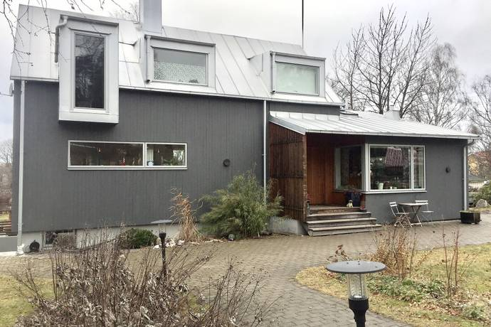 Bild: 7 rum villa på Kummelbyvägen 21, Sollentuna kommun Edsviken