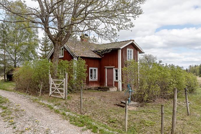 Bild: 3 rum villa på Nässelsta  210, Heby kommun