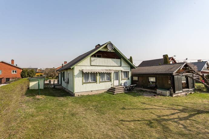 Bild: 5 rum villa på Magistervägen 8, Hallstahammars kommun