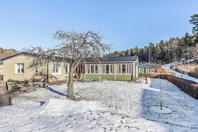 Bild: 5 rum villa på RÖRVERKSGATAN 86, Västerås kommun Bäckby