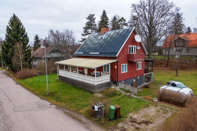 Bild: 5 rum villa på Villavägen 8, Tierps kommun Örbyhus