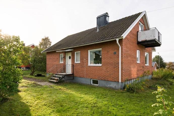 Bild: 5 rum villa på Svanvägen 83, Örnsköldsviks kommun Gimåt
