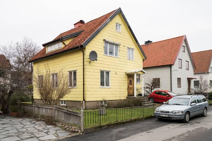 Bild: 8 rum villa på Sparrgrensgatan 14, Göteborgs kommun Kålltorp