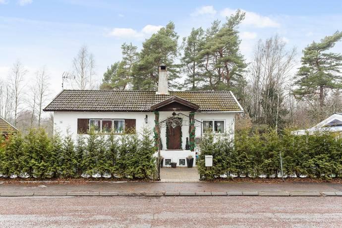 Bild: 3 rum villa på Forsnäsvägen  14, Kristinehamns kommun