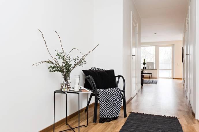 Bild: 3 rum bostadsrätt på Restalundsvägen 16F, Örebro kommun Öster