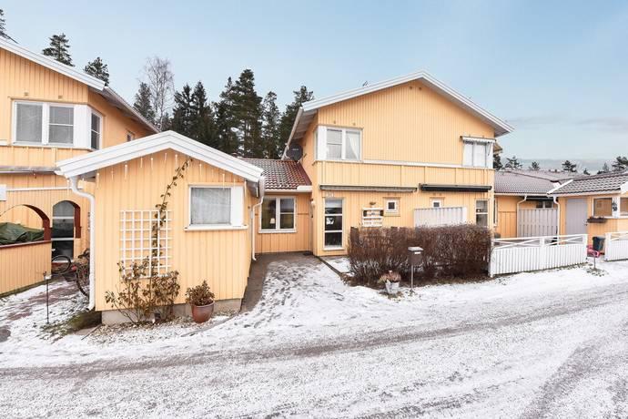 Bild: 4 rum bostadsrätt på Vinbärsvägen 231 C, Gävle kommun Sätra