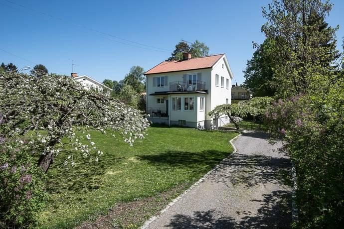 Bild: 8 rum villa på Sigynvägen 8, Danderyds kommun Djursholm