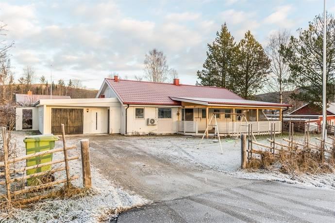 Bild: 5 rum villa på Edstavägen 6, Sundsvalls kommun Stöde