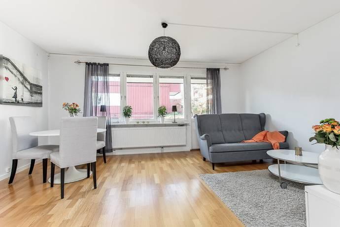 Bild: 3 rum bostadsrätt på Ljuskärrsvägen 21, Nacka kommun Ljuskärrsberget