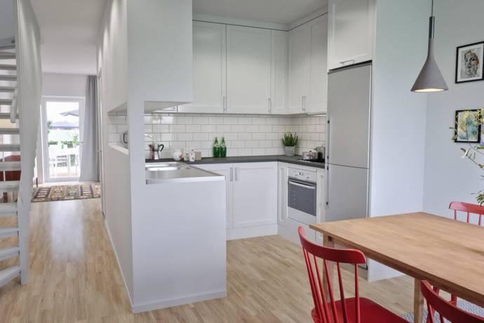 Bild: 4 rum radhus på Klockarebovägen 58, Håbo kommun Bålsta Frösundavik