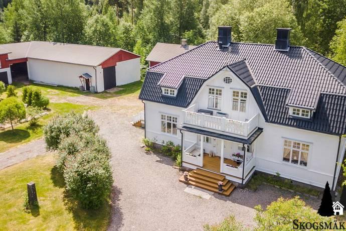 Bild: 8 rum gård/skog på Hara Marieborg, Hagfors kommun Hara
