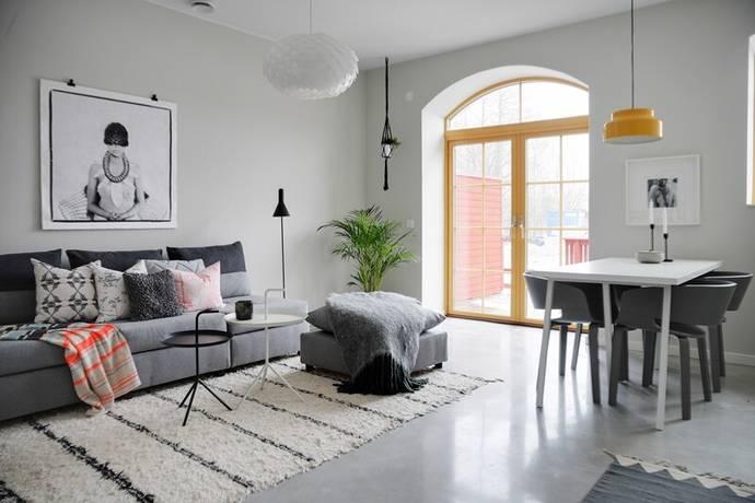 Bild: 4 rum radhus på Rådans Gårdsväg 79, Sollentuna kommun Silverdal
