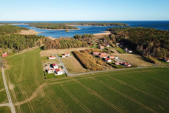 Bild: tomt på Kållandsö Lindöviken, Lidköpings kommun Kållandsö