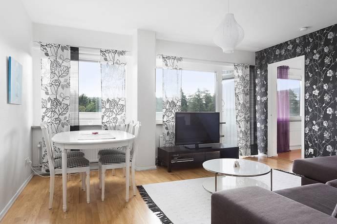 Bild: 2 rum bostadsrätt på Kometvägen 21, Täby kommun Grindtorp