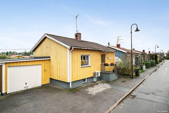 Bild: 3 rum villa på Amatörvägen 18, Stockholms kommun Tallkrogen