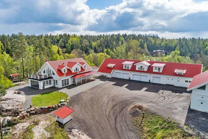Bild: 7 rum villa på Edsvägen 129, Trollhättans kommun Edsäter